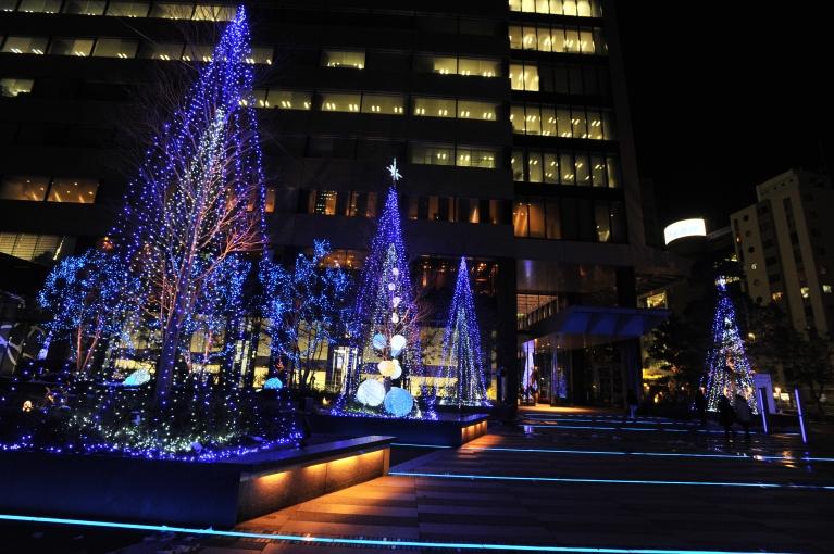 名古屋駅から直結徒歩3分の好立地です。平日19:30迄診療と日曜隔週診療しています。